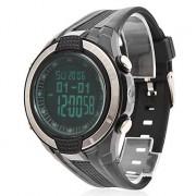 Черные мужские мультифункциональные LCD цифровые часы, на каучуковом ремешке. Есть функция измерения атмосферного давления.