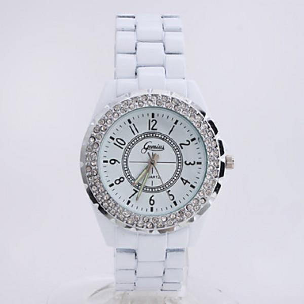 Другие фото Белые модные часы со стразами и металлическим ремешком