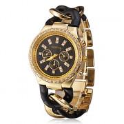 Женские кварцевые наручные часы, украшенные камнями на ремешке из сплава золотистого цвета. Цвета в ассортименте